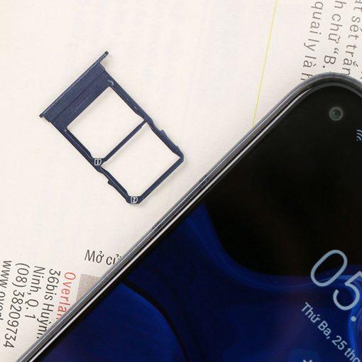 Điện thoại Vsmart Live 4 4GB ava 7