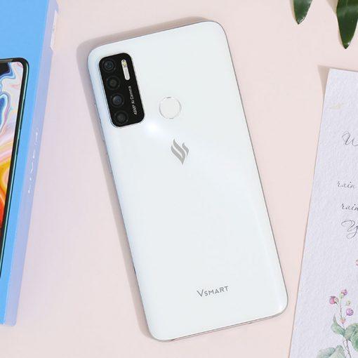 Điện thoại Vsmart Live 4 6GB ava 6