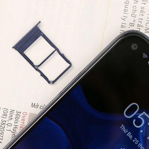 Điện thoại Vsmart Live 4 6GB ava 9